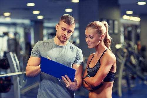 Ensure that your personal trainer has undergone gym coach training from an accredited institute